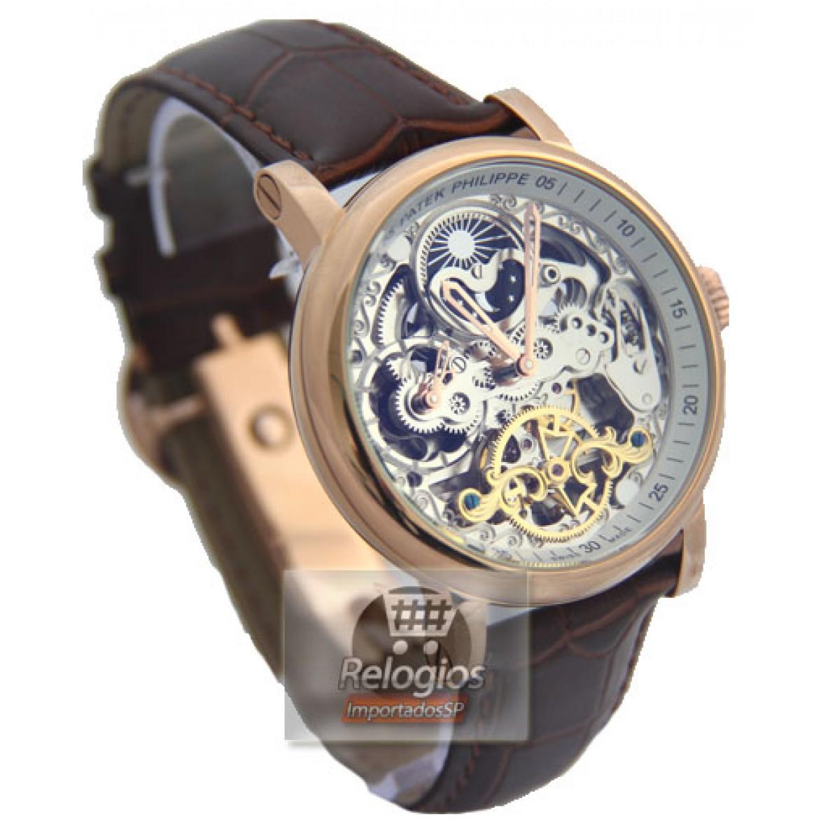 b0395d9b1b4 Relógio Réplica Patek Philippe Esquelete Marrom