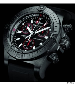 Relógio Breilting Avenger Titanium - New
