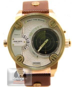 Relógio Réplica Diesel Dz7222 Radar Dourado Branco